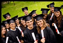 Doktorhüte gehören auf jede Abschlussfeier